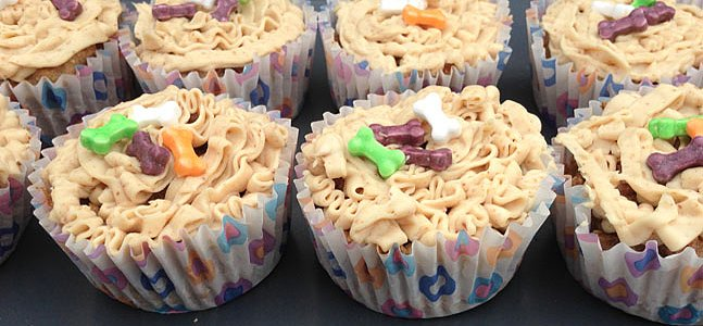 Your Pooch Will Go Bananas For These Carrot and Banana Dog-Friendly Pupcakes
