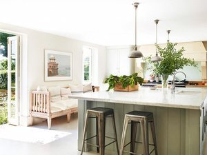 The Best Paint Colors for Your Kitchen, According to the Pros