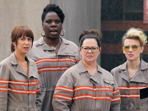 Cast Of 'Ghostbusters' Visits Children's Hospital In Full Costume