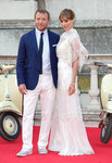 'Guy Ritchie' from the web at 'http://media4.popsugar-assets.com/files/2015/08/08/771/n/1922398/576d6445c4fdb34e_GettyImages-483360958_masterB3HbcY.150square/i/Guy-Ritchie-Jacqui-Ainsley-Red-Carpet-Pictures.jpg'