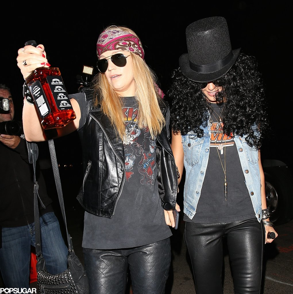 Jessica Alba and her girlfriend paired up as Slash and Axl Rose for Kate Hudson's Halloween Bash in LA in 2014.