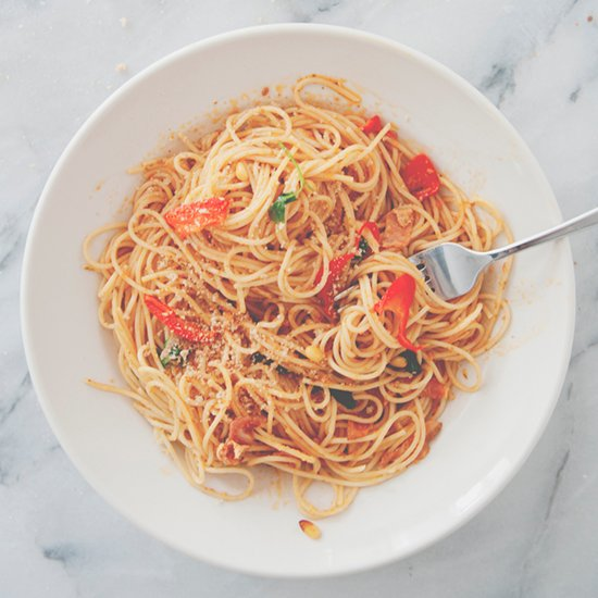 Spaghetti With Bacon, Tomatoes, Chiles, and Pine Nuts