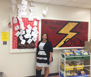 Middle School Teacher Welcomes Back Students With Harry Potter-Themed Classroom