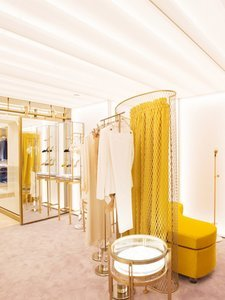 These Stores Officially Have the Coolest Dressing Rooms Ever