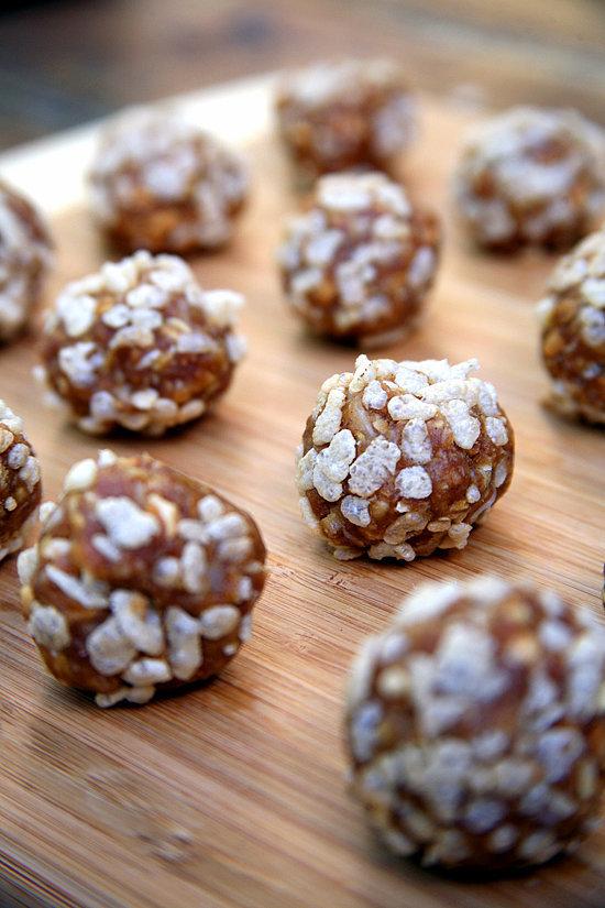 No-Bake Peanut Butter Cookie Balls