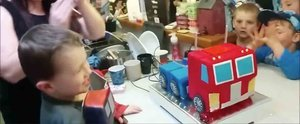 This Awesome Dad Made His Son a Transformers Cake That Actually Transforms