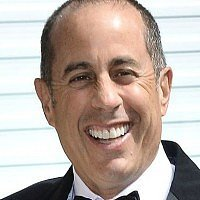 Jerry Seinfeld & son's lemonade stand shut down by police