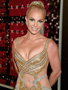 Britney Spears Presents VMA Award for Best Male Video