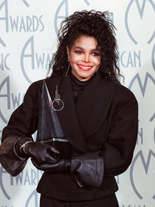 Inside Janet Jackson's Major Hair Moments