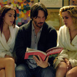 'Keanu Reeves' from the web at 'http://media4.popsugar-assets.com/files/2015/08/31/857/n/1922283/db7109b3_edit_img_image_2387502_1441049299.150square/i/Knock-Knock-Trailer.jpg'