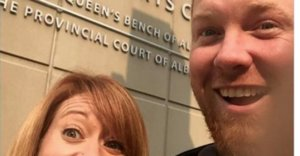 This Couple's Divorce Selfie Is Surprisingly Sweet
