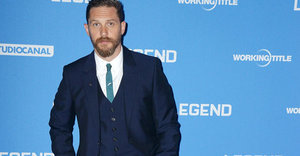 Tom Hardy Brings His Dog To 'Legend' Premiere, And The Red Carpet Has Never Been Cuter