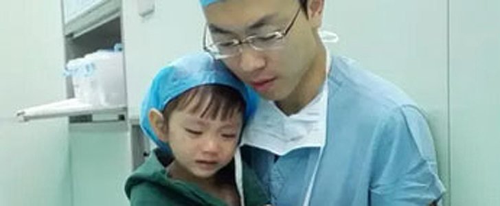 How This Doctor Calmed a Sobbing 2-Year-Old Before Heart Surgery Will Leave You in Tears