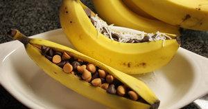 12 Portable Vegan Snacks For When Hunger Hits