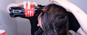 Here's What Really Happens When You Pour Coca-Cola on Your Hair