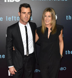 Jennifer Aniston and Justin Theroux on red carpet for first time as married couple at The Leftovers season 2 premiere