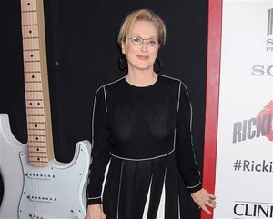 Meryl Streep Faces Backlash Over 'Slave' T-Shirt