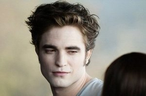 "Robert Pattinson Thought His ""Twilight"" Character Was ""Suicidally Depressed"""