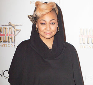 "Raven-Symone Says She'd Discriminate Against ""Ghetto"" Names, Gets Slammed on Twitter"