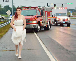 Paramedic Bride Rushes to Car Crash Scene in Her Wedding Dress to Help Her Family: Photo