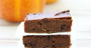 This 2-Ingredient Pumpkin Brownie Recipe Is Everything