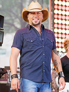 Jason Aldean on Supporting Breast Cancer Research: 'It's Something I Would Never Want to See the Women In My Life Go Through'