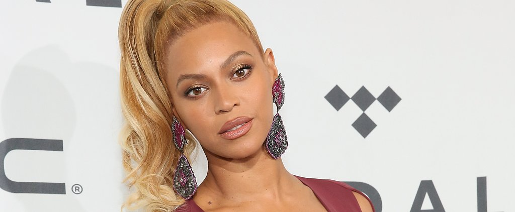 """Beyoncé Tells Her Assistant to """"Stop"""" Adjusting Her Outfit on the Red Carpet"""