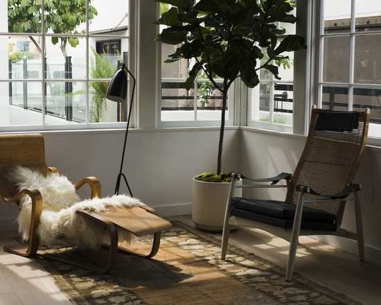 LA Story: A West Coast Outpost of the Apartment by the Line