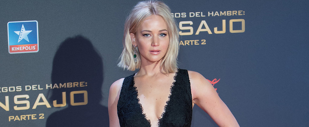 Don't You Dare Step on the Train of Jennifer Lawrence's Black Lace Gown