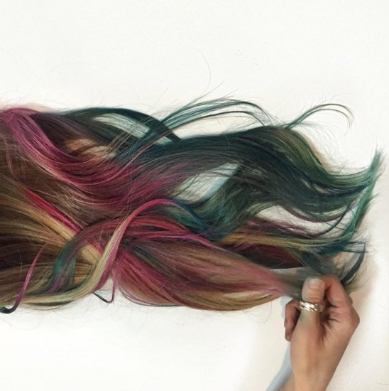 Fluid Hair Painting Trend
