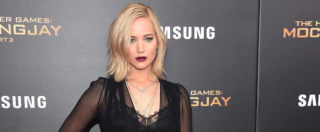 When Flashing Your Bra Can Go So Wrong, Jennifer Lawrence Got It So Right