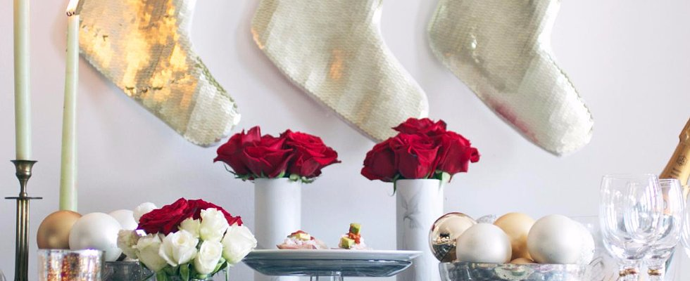 37 Eye-Catching Holiday Centerpieces