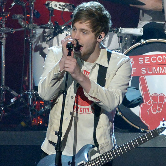 5 Seconds of Summer Perform at the 2015 AMAs | Video