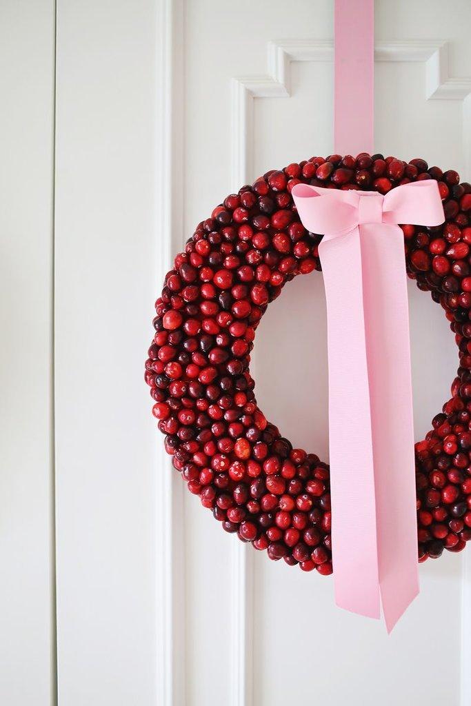 DIY Cranberry Wreath