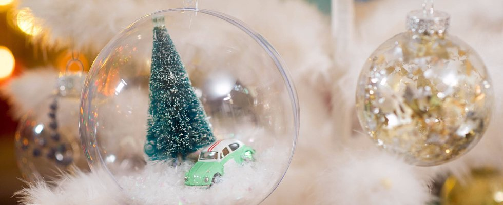 10 Cute Ways to Transform a Clear Glass Ornament