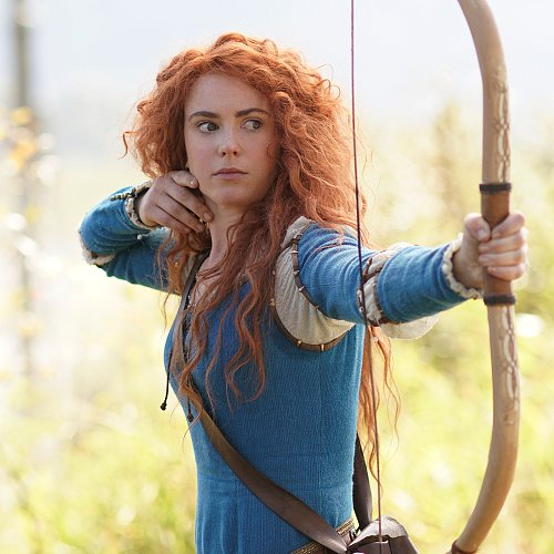 Amy Manson Interview For Once Upon a Time