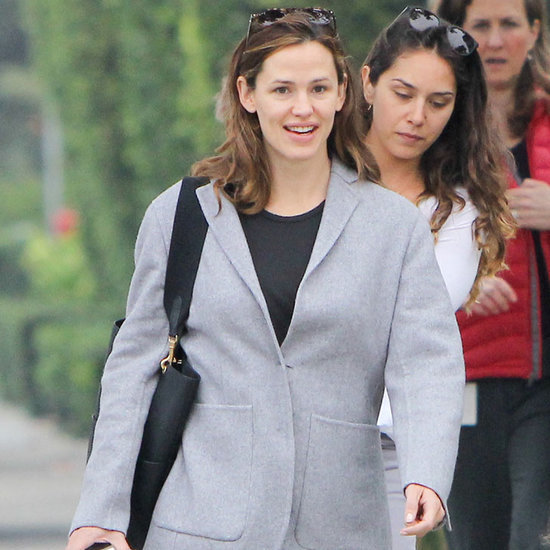 Jennifer Garner Out With Friends December 2015