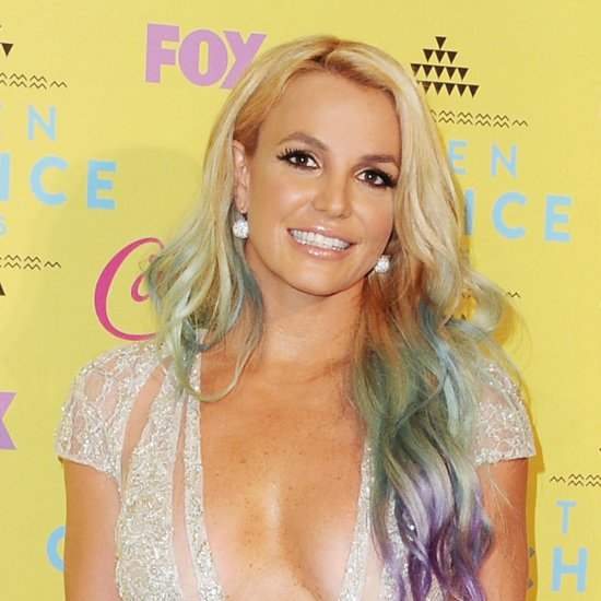Britney Spears Abs Instagram Photo December 2015