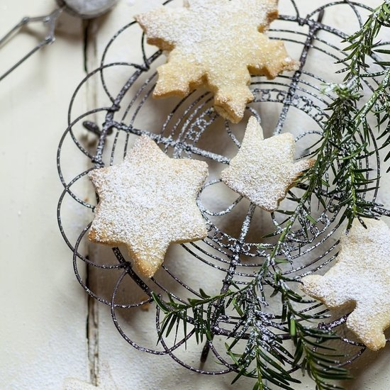 8 Cooking Hacks to Make Holiday Baking Healthier