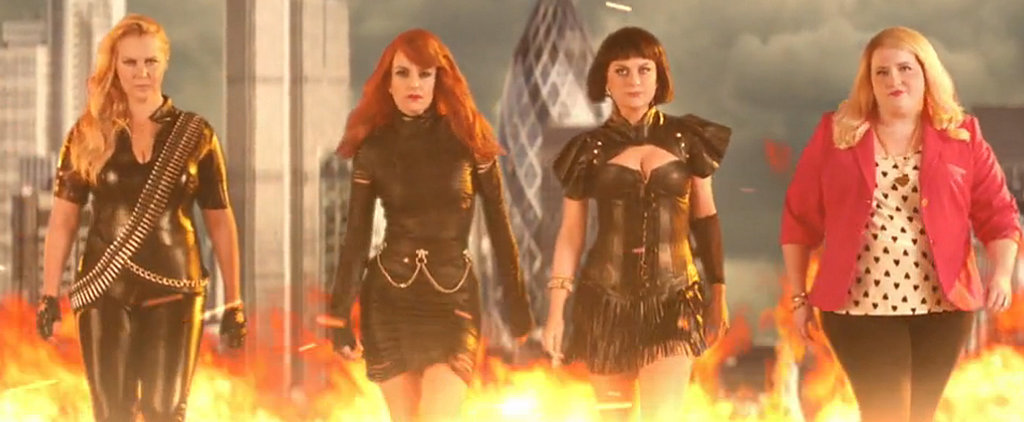 Tina Fey and Amy Poehler Spoof Taylor Swift's Squad on SNL, and the Results Are Pure Gold