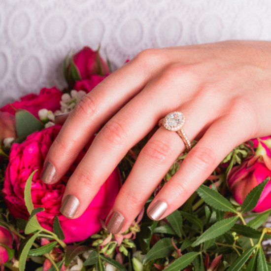 None of These Engagement Rings Top $3,000 — But You'd Never Know It