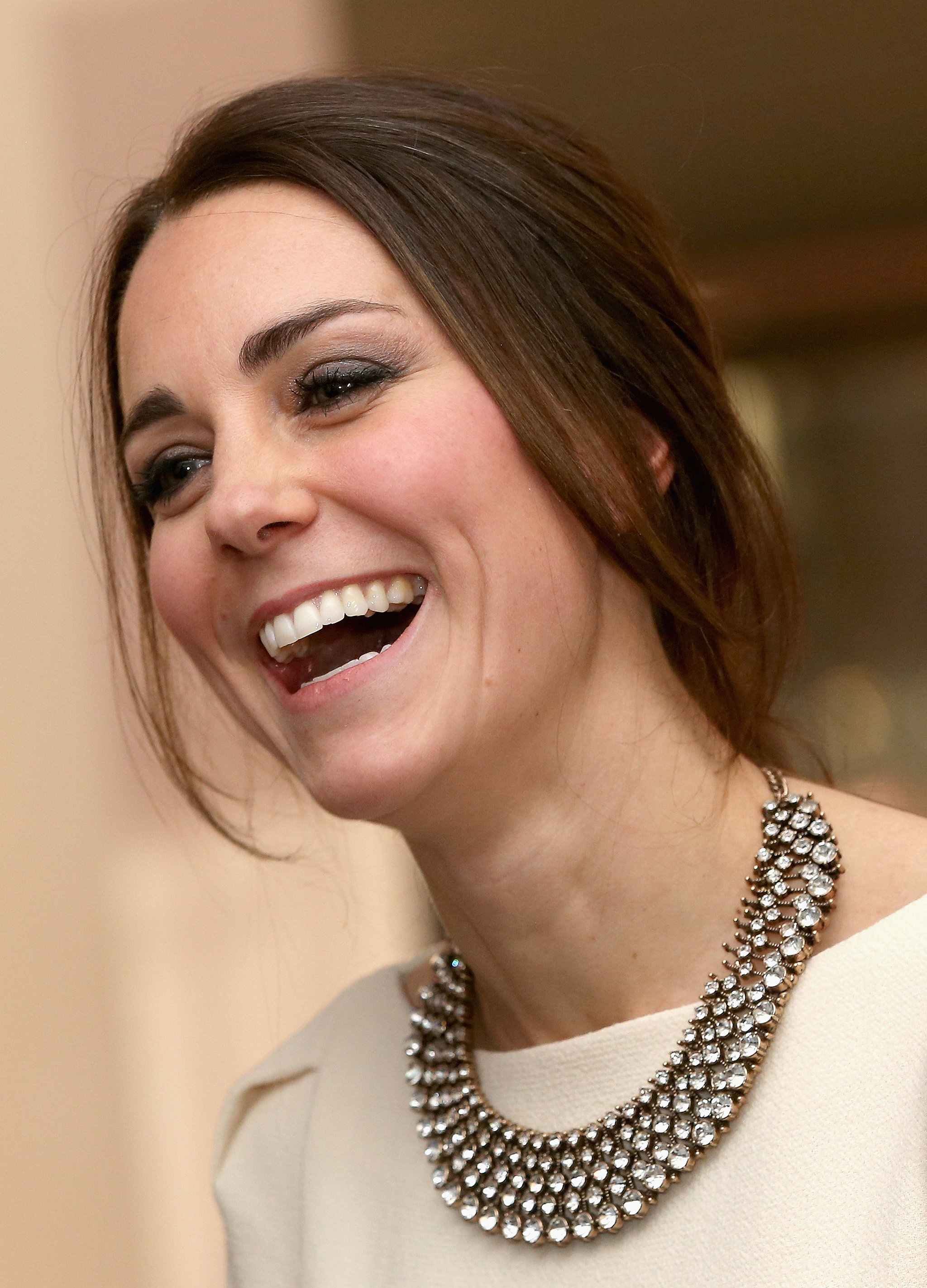 she wore a 30 zara necklace to the royal gala premiere of