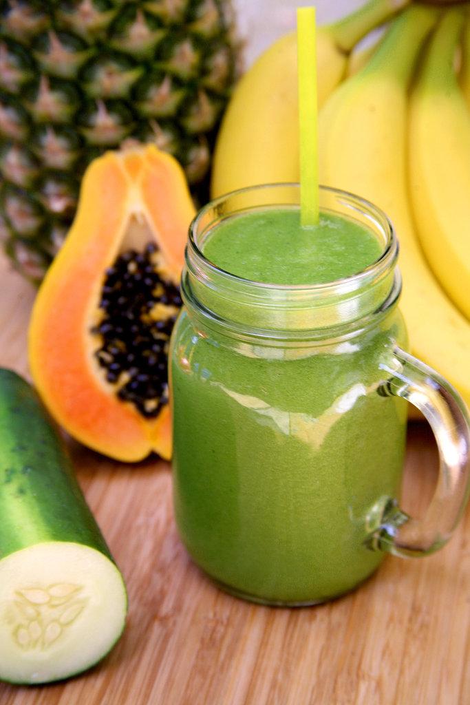 Pineapple Papaya Banana Debloating Smoothie