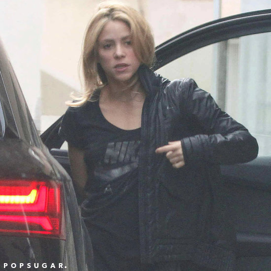 Shakira With Short Hair Winter 2016