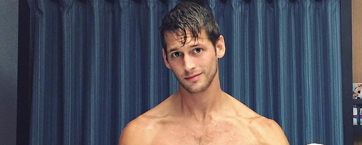 And Now We Present to You: 30+ Photos of the Hottest Guys — Fresh Out of the Shower