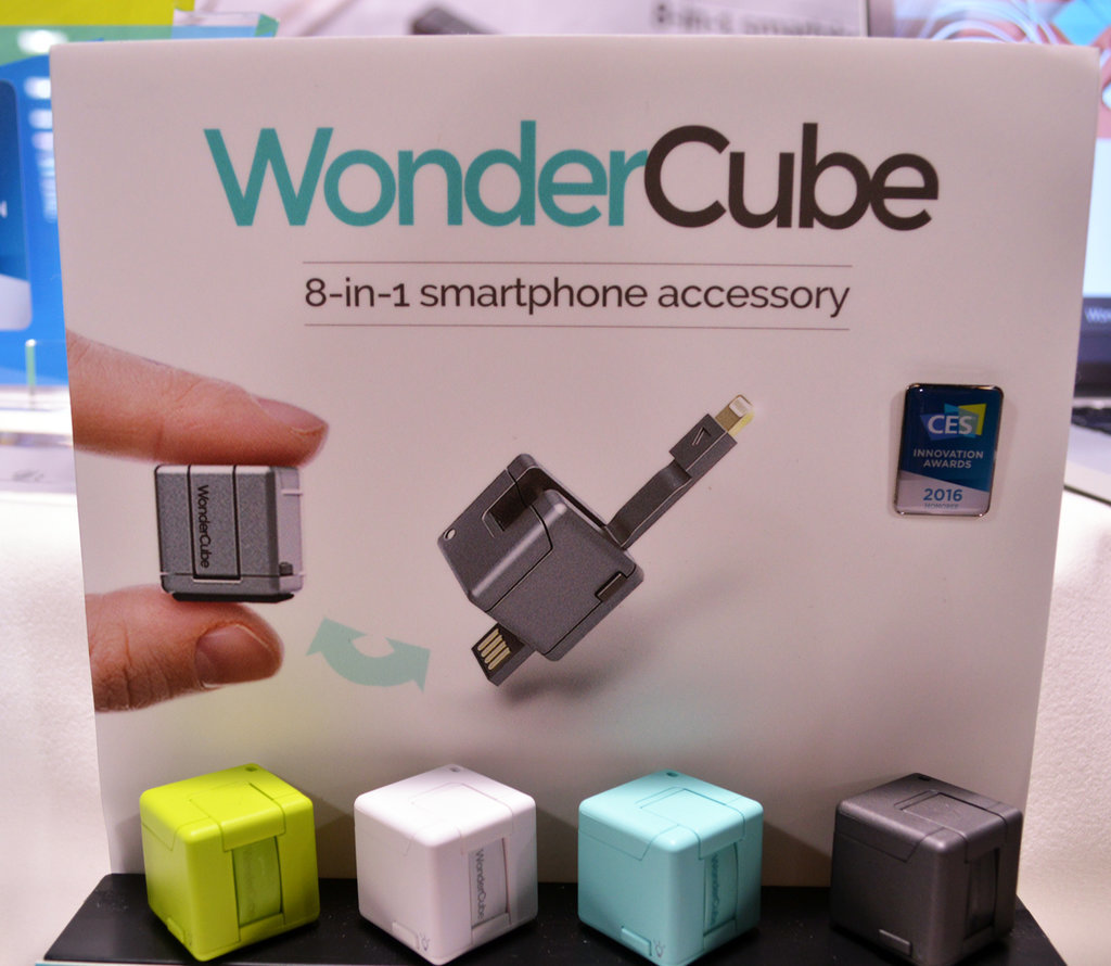 WonderCube smartphone accessory
