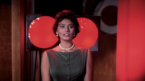 A Definitive Guide to Sophia Loren's Old School Glamour — And How To Shop It