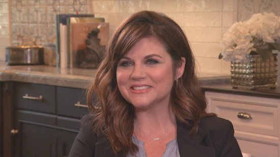 EXCLUSIVE: Tiffani Thiessen Talks Mini-'Saved By the Bell' Reunion With Mark-Paul Gosselaar