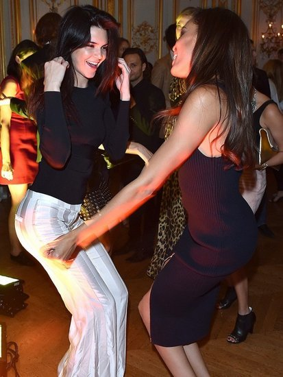 Kendall Jenner and Joan Smalls' Adorable Backseat Dance Party