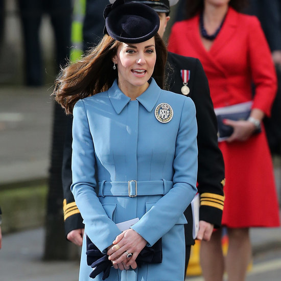 Kate Middleton Wears a Diamond Brooch | 2016